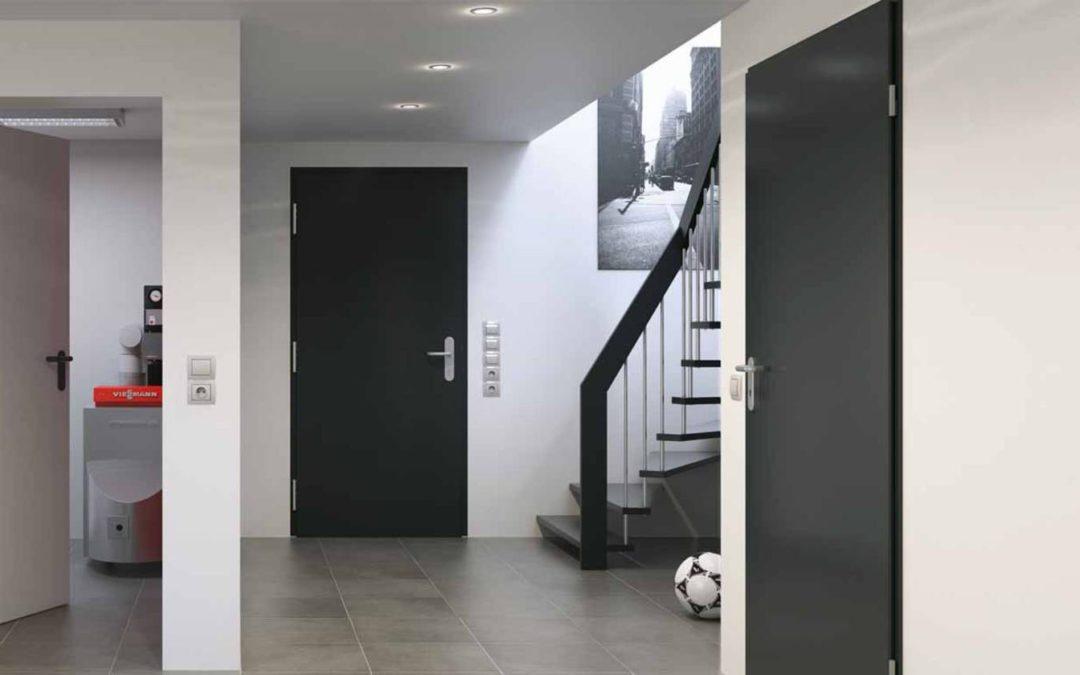 Kies voor de prachtige Appartementsdeuren van MECOP voor de beveiliging van iedere kamer en binnenruimte. De beveiligde appartementsdeuren van MECOP zijn uiterst geschikt als toegangsdeur van bijvoorbeeld kantoorruimtes, appartementencomplexen, praktijkruimtes en andere binnenruimtes die je wilt kunnen afsluiten en beschermen tegen ongewenste bezoekers.